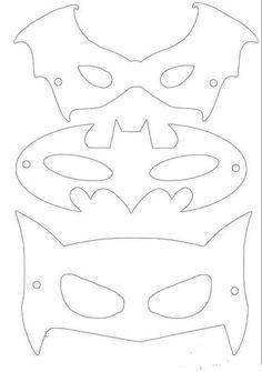 coloring pages - Free printable superhero masks! by lilian Printable Masks, Templates Printable Free, Free Printables, Batman Birthday, Superhero Birthday Party, Superhero Halloween, Halloween 2020, Birthday Parties, Superhero Mask Template