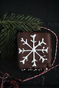 Advent Calendar. Day 16. Fluffy dark chocolate Piernik | Miss Becky's Cottage