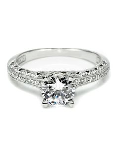 This is my ring! I lovelovelove it!