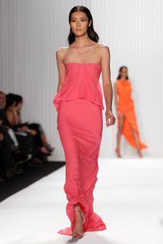 Mendel RTW Spring 2013 - this is gorgeous! Quirky Fashion, High Fashion, Fashion Looks, Couture Fashion, Runway Fashion, Couture Dresses, Fashion Stylist, Latest Fashion Clothes, Swagg