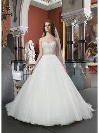 Resultado de imagen para vestido de novia escote corazon mangas princesa