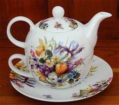 Crocus Tea for One