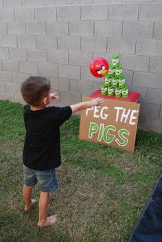 Crafty Teacher Mom: Angry Birds Birthday Party!