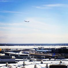 Snow, sunshine and blue sky at Frankfurt airport!