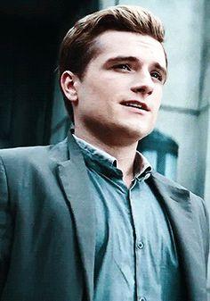 "  Josh Hutcherson as Peeta in ""The Hunger Games: Catching Fire"" - gif  "