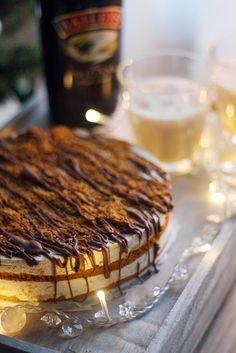 Jäädytetty Baileys-kakku