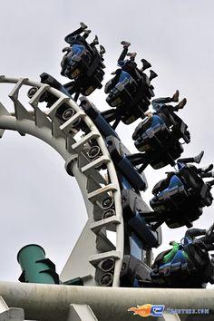 8/16 | Photo du Roller Coaster El Condor situé à Walibi Holland (Pays-Bas). Plus d'information sur notre site http://www.e-coasters.com !! Tous les meilleurs Parcs d'Attractions sur un seul site web !! Découvrez également notre vidéo embarquée à cette adresse : http://youtu.be/vnerotGoH2s