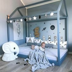 Garland (festoon) is alway a good idea for kids room. Boy Toddler Bedroom, Baby Boy Room Decor, Toddler Rooms, Baby Boy Rooms, Baby Bedroom, Nursery Room, Girl Room, Bedroom Decor, Kids Bedroom Designs