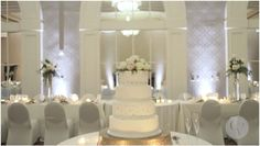 Galt House hotel, the only waterfront hotel in Louisville, offers ballroom, outdoor, or intimate wedding venues right downtown. Louisville Wedding Venues, Hotel Wedding Venues, Galt House Hotel, Premier Hotel, Planning Your Day, Centerpieces, Table Decorations, Wedding Pics, Hotel Offers
