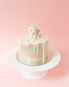 #Unicorn #Dreamy #Cake