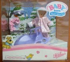 Orig. Baby Born Miniworld Lila Schlitten mit Schneeanzug 12 cm in Spielzeug, Puppen & Zubehör, Babypuppen & Zubehör | eBay!