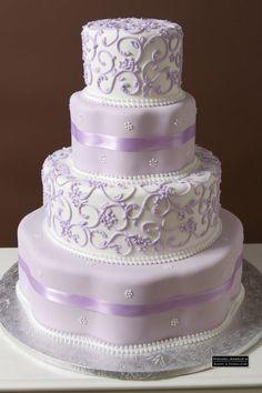 Lavender And Lilac Wedding Inspiration: 95 Delicate Ideas - Hochzeit 4 Tier Wedding Cake, Purple Wedding Cakes, Beautiful Wedding Cakes, Gorgeous Cakes, Wedding Cake Designs, Pretty Cakes, Wedding Cake Toppers, Wedding Ideas, Wedding Themes