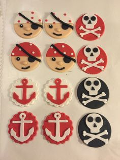 12 Fondant Pirate cupcake toppers by SweetCakeArts on Etsy Drake's Birthday, Pirate Birthday Cake, Pirate Cupcake, Dinosaur Birthday Cakes, Mermaid Theme Birthday, Star Wars Birthday, Pirate Cookies, Fondant Toppers, Cupcake Toppers