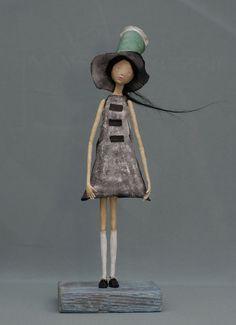 ~ papier mache doll made by an AMAZING artist Piotr Konski Paper Clay, Paper Mache Clay, Paper Mache Sculpture, Paper Art, Paper Mache Projects, Paper Mache Crafts, Sculpture Projects, Diy Projects, Origami
