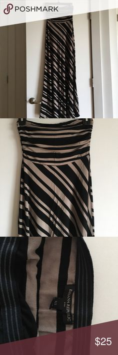 Banana Republic maxi dress Black and beige-ish striped maxi dress. Strapless. Hardly worn. Banana Republic Dresses Maxi