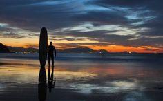 Ir a surfear en Metro   El Viajero en EL PAÍS A la playa de Barinatxe (Sopelana) se llega en metro, en la estación de Larrabasterra. / JON ANDER RABADAN