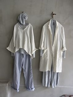 Vlas Blomme Kortrijk linen coat and top