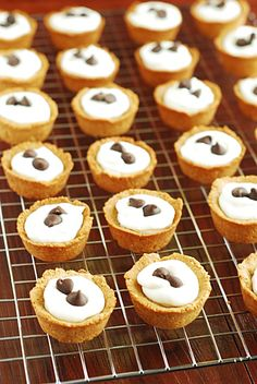 Cannoli Bites Shared on https://www.facebook.com/LowCarbZen | #LowCarb #Desserts #Party