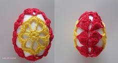 Lady with crochet - pisanka