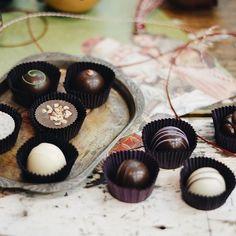 As festas ainda não acabaram... E é claro que fazemos questão de participar de todos esses momentos! 🍫👌✨ #Chocolates #CiaMineiradeChocolates #Bombons #Trufas