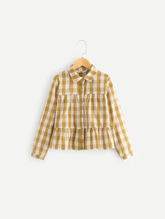 To find out about the Girls Gingham Peplum Shirt at SHEIN, part of our latest Girls Blouses ready to shop online today! Basic Outfits, Kids Outfits, Casual Outfits, Korean Fashion Dress, Skirts For Kids, Peplum Shirts, Girls Blouse, Shirt Embroidery, Trendy Tops