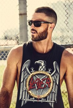 Cheyne Oglesby (I'm sure he's got tatts somewhere under that tank, haha ;) YUM.