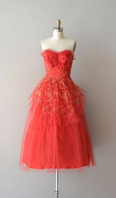 7ce793a291c 1950s party dress   vintage 50s dress   Heart s by DearGolden   partydressescute 50er Jahre
