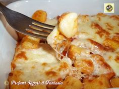 Gnocchi gratinati al forno con scamorza Spatzle, No Salt Recipes, Gnocchi, Polenta, Ravioli, Risotto, Vegetarian Recipes, Food And Drink, Yummy Food