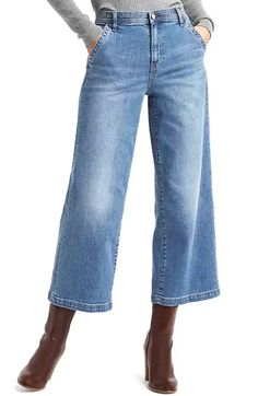 26 Of The Best Places To Buy Petite Clothing Online Source by margmcknight store Fall Fashion Outfits, Fall Fashion Trends, Fashion Pants, Fashion Bloggers, Fashion Capsule, Cropped Jeans Outfit, Outfit Jeans, Petite Fashion Tips, Petite Outfits