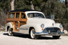 1947 Oldsmobile WOODIE WAGON