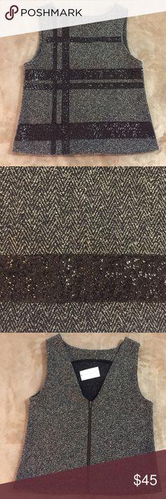 Banana republic top size 2 BR NWT grey glitter top with a zipped. Polyester/rayon/viscose Banana Republic Tops Blouses