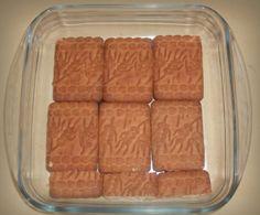 Prăjitură simplă de ciocolată, fără coacere - Rețetă pas cu pas, în imagini No Cook Desserts, Biscuit, Sausage, Meat, Cooking, Food, Recipes, Caramel, Kitchen