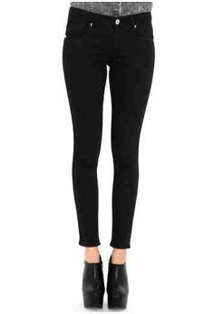 #MGwinterwardrobe Winter Wardrobe, Missguided, Black Jeans, Pants, Fashion, Capsule Wardrobe Winter, Trouser Pants, Moda, La Mode