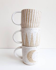 Ceramic mugs photo by @hinklevillehandmade