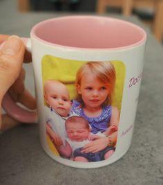Un mug rose personnalisé avec une photo pour un cadeau plein de tendresse #Mug