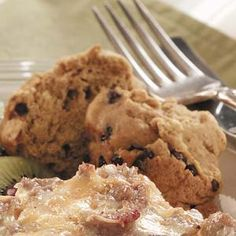 Pumpkin Muffins Recipes from Taste of Home, including Chocolate Chip Pumpkin Muffins