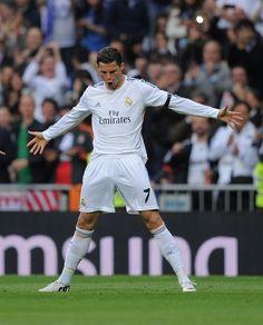 Cristiano Ronaldo y sus celebraciones !! ¡¡Esta noche 3 goles!!