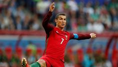 Cristiano Ronaldo transfer rumours rubbished by Bayern Munich chief #FCBayern  Cristiano Ronaldo transfer rumours rubbished by Bayern Munich chief  Berlin: Reports linking Champions League winner Cristiano Ronaldo with a possible move to Bayern Munich if the Portuguese decided to leave Real Madrid were a hoax the German champions said on Monday.  Bayern President Uli Hoeness has pledged a big-name signing in the close season and Italian media had reported in recent days the German champions…