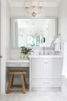 Gorgeous Guest Bathroom Remodel Ideas (13)