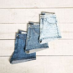Discover the lastest trends in fashion in Bershka. Buy online shirts, dresses, jeans, shoes and much more. New products every week! Short Court, Estilo Jeans, Mode Jeans, Color Shorts, Moda Online, Denim Fashion, Ideias Fashion, Look, Denim Shorts