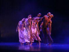 """Espetáculos individuais ou coletivos de dançarinos do estado integram a programação do 5º Festival Amazonas de Dança (FAD), que acontece em Manaus nos dias 30 e 31 de agosto, com entrada Catraca Livre. O FAD traz cinco espetáculos de dança por noite, no Teatro Amazonas, sempre com início às 19h. E entre os dias 04...<br /><a class=""""more-link"""" href=""""https://catracalivre.com.br/manaus/agenda/gratis/5a-edicao-do-festival-amazonas-de-danca/"""">Continue lendo »</a>"""