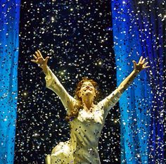 Finding Neverland - Laura Michelle Kelly. This was unbelievably magical, seeing it took my breath away.