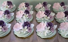 Giveaway cupcakes   Giftbox of 12 collected today by a lovel…   Flickr