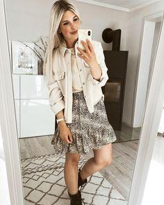 Dieser wunderschöne #fairfashion Look in beige hat es uns richtig angetan. Unser Community Mitglied Anne_L und viele weitere haben bewiesen, das nachhaltige Outfits richtig schön sein können. Wir sind echt begeistert! 😊 #fairfashion #fashion #nachhaltig  #outfit #beige #COUCHstyle