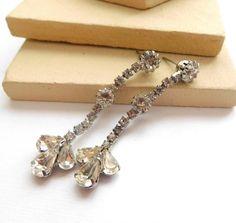 Vintage White Clear Rhinestone Silver Tone Dangle Pierced Earrings F24 by erisjewels on Etsy https://www.etsy.com/listing/489018817/vintage-white-clear-rhinestone-silver