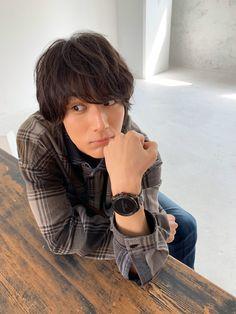 お知らせ☆FINEBOYS Online×ディーゼル オン タイアップ Taishi Nakagawa, Japanese Outfits, Japanese Clothing, Asian Actors, Asian Boys, Actors & Actresses, Poses, Cute, Handsome Man
