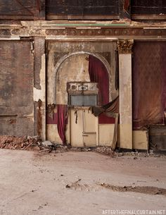 The Montauk Theatre opened on January 30, 1924 in Passaic, New Jersey on the site of a former vaudeville theatre. Architect Abram Presikel designed the theatre in the Adamesque style, and it sat 2638 people. The theatre was operated by the Fabian Enterprises theatre chain.