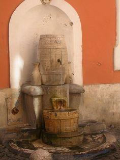 Fontana della Botte, Via della Cisterna