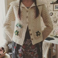 """""""another day, another secondhand cardi gets some handy dandy #dottieangel #woollytattoo pockets"""""""