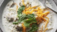 Creamy white chicken chili – crockpot or stove top this easy creamy white chicken chili is healthy, low carb, and keto friendly! Creamy White Chicken Chili, Crockpot White Chicken Chili, Pizza Hut, Crust Pizza, Baked Ribs, Oven Baked, Low Carb Breakfast Casserole, Cheesesteak Stuffed Peppers, Chicken Cordon Bleu Casserole